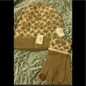 Coach gloves and hat set nwt